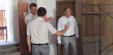 Голова Тростянецької РДА відновлює Будинок культури, який не ремонтувався десятки років