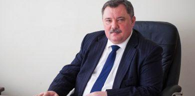Голова Сумської РДА змушує громаду виписувати власну новостворену приватну газету