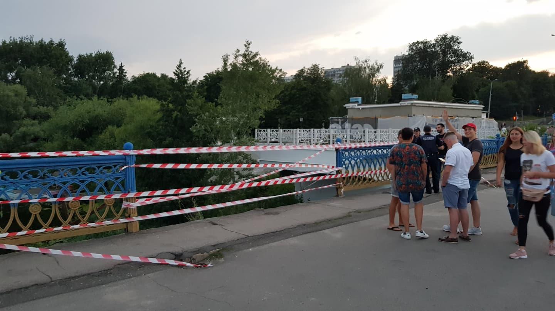 У Сумах на Харківській обвалився міст через Псел (фото)
