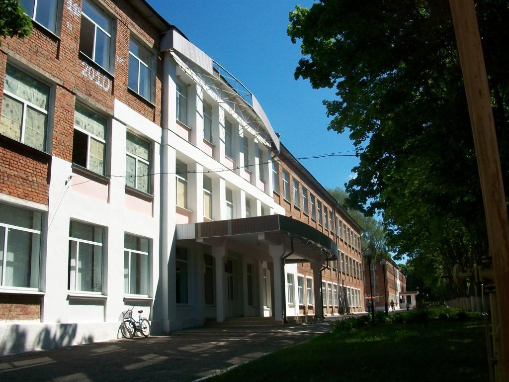 gluhivska_spetsializovana_shkola-internat_imeni_m-_i-_zhuzhomy