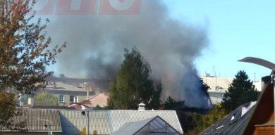 У Сумах горить готельний комплекс (фото)