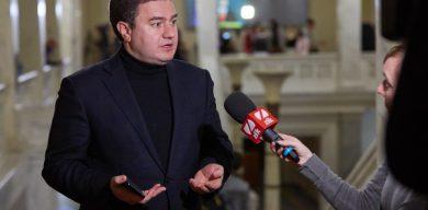 Віктор Бондар: Воєнний стан несе ризики скорочення прав громадян і бізнесу